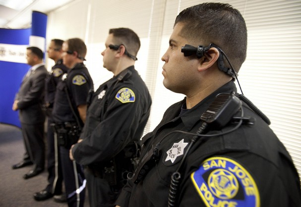 Judge rules stop and frisk unconstitutional hip hop lives - Police officer in california ...